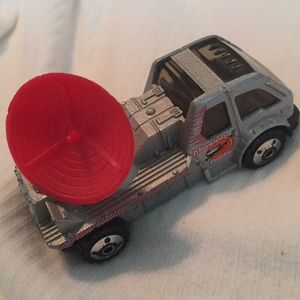 Mission Radar Truck Matchbox China 2000